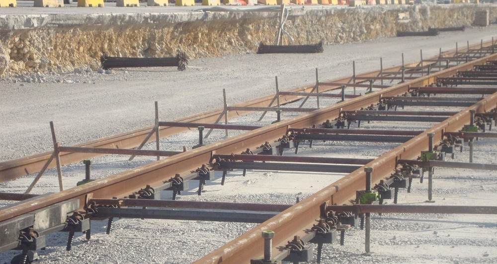 Реализация изучения встроенных линий морского порта  Иконио в Пирее.